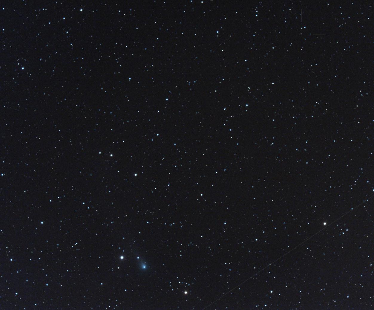 Komety C/2012 X1 (LINEAR) a C/2012 K1 (PanSTARRS), foto: MaG