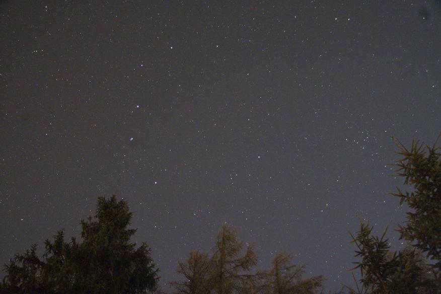 Snímek 20 mm objektivem