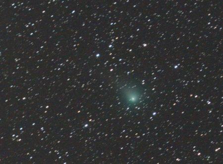 C/2017 T2 (PanSTARRS), 17. 4. 2020, složeno na kometu