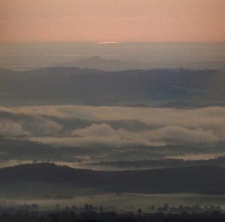 Východ Slunce, panorama přes ED80