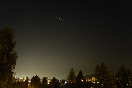Záblesk družice Iridium 47 20. 7. 2013 v 2:35. Jasnost asi -5 mag.