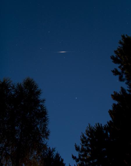 Záblesk družice Iridium 59 21.7. ve 4 ráno, jasnsot -7 mag
