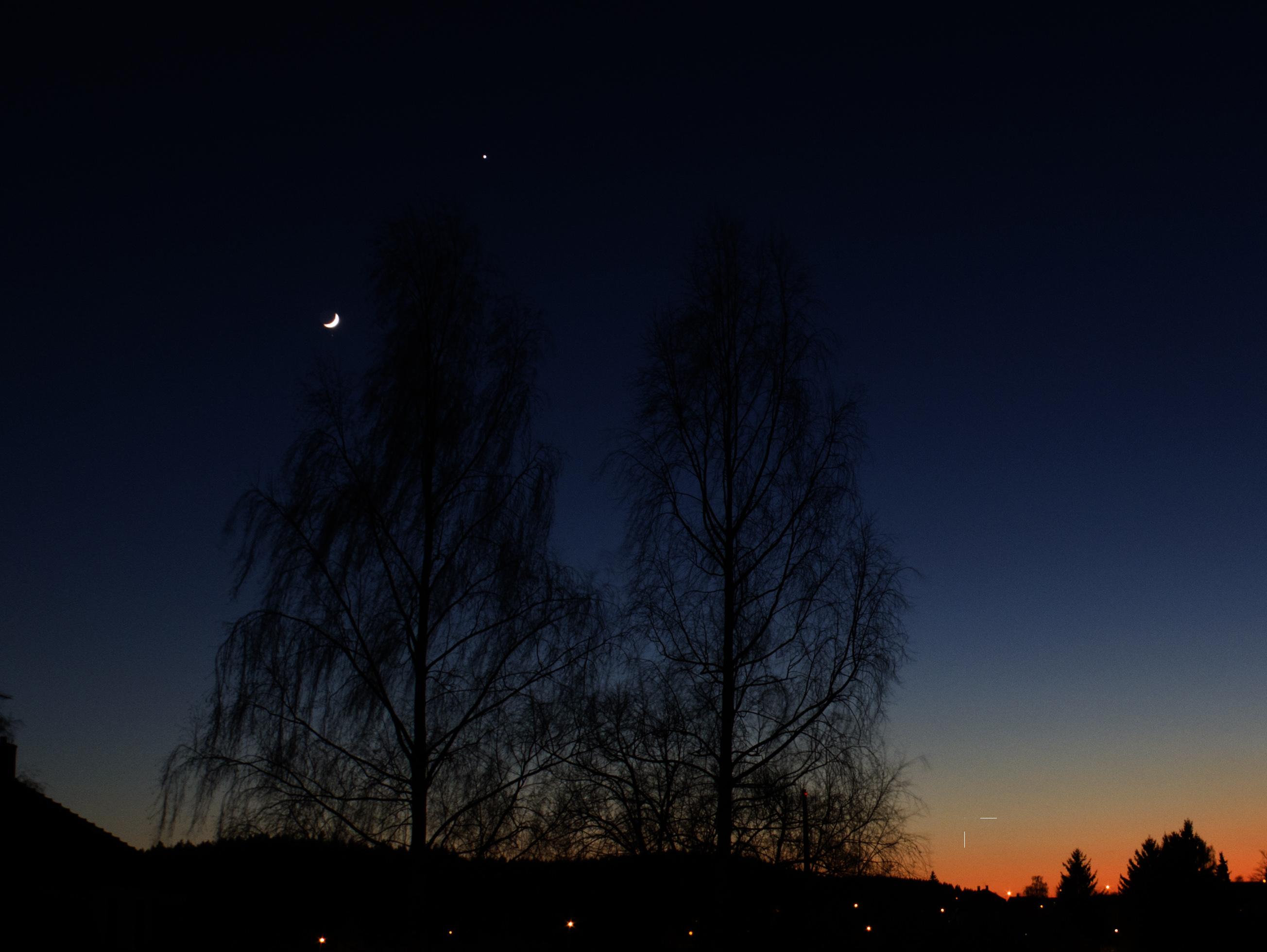 Venuše a Měsíc 21.4.2015