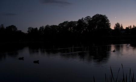Měsíc nad rybníkem v Úštěku