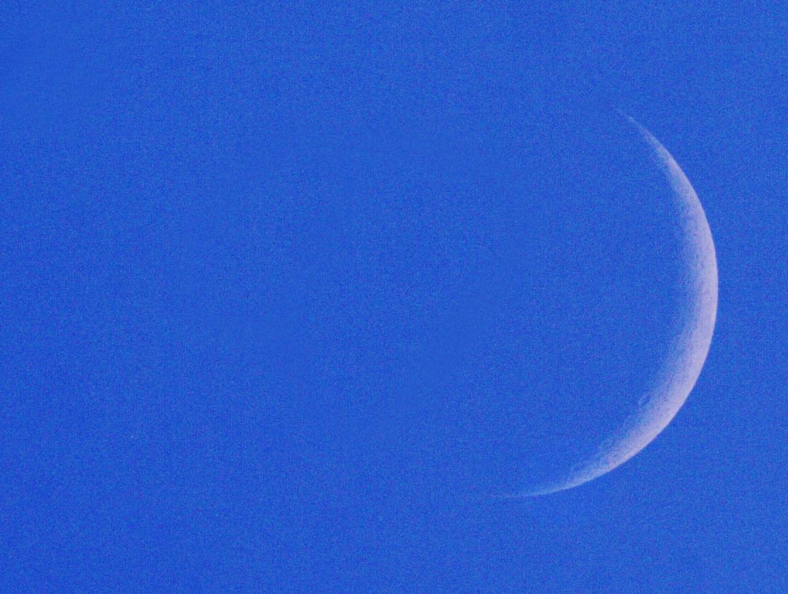 Měsíc a Aldebaran v 19:05 SELČ 21.4.2015