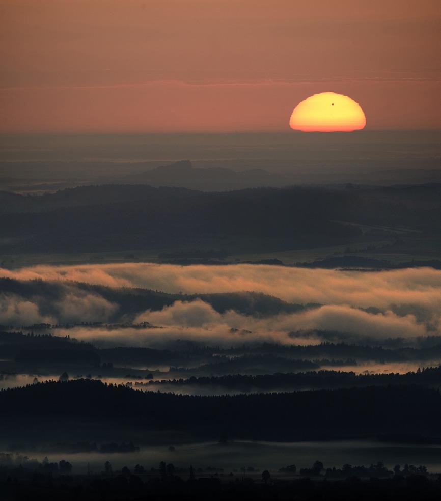 Východ Slunce s Venuší 6. června 2012