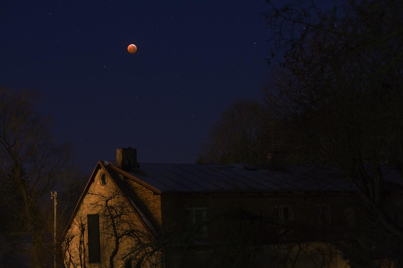 Zatmění Měsíce z Hodkovic n. M., foto: Martin Mašek