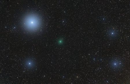 Kometa C/2020 M3 (ATLAS) 14. 11. 2020, zač. expozic 23:18 SEČ, 51×60s, ISO 1600, Canon 6D, Celestron ED80/600 s reduktorem Vixen 0,67× (400 mm), Pixinsight