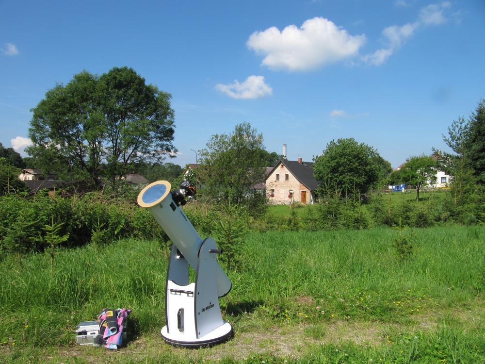 dalekohled připraven