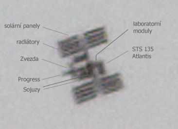 ISS+STS135 s popisky