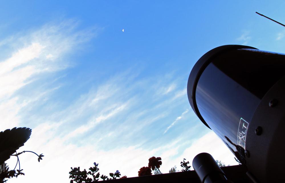 Měsíc a dalekohled
