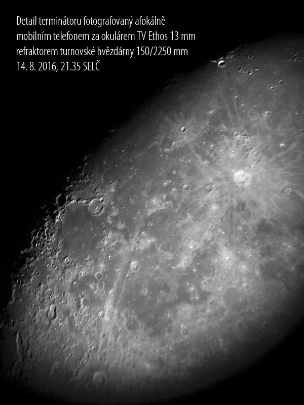Měsíc detail foto Aleš Majer