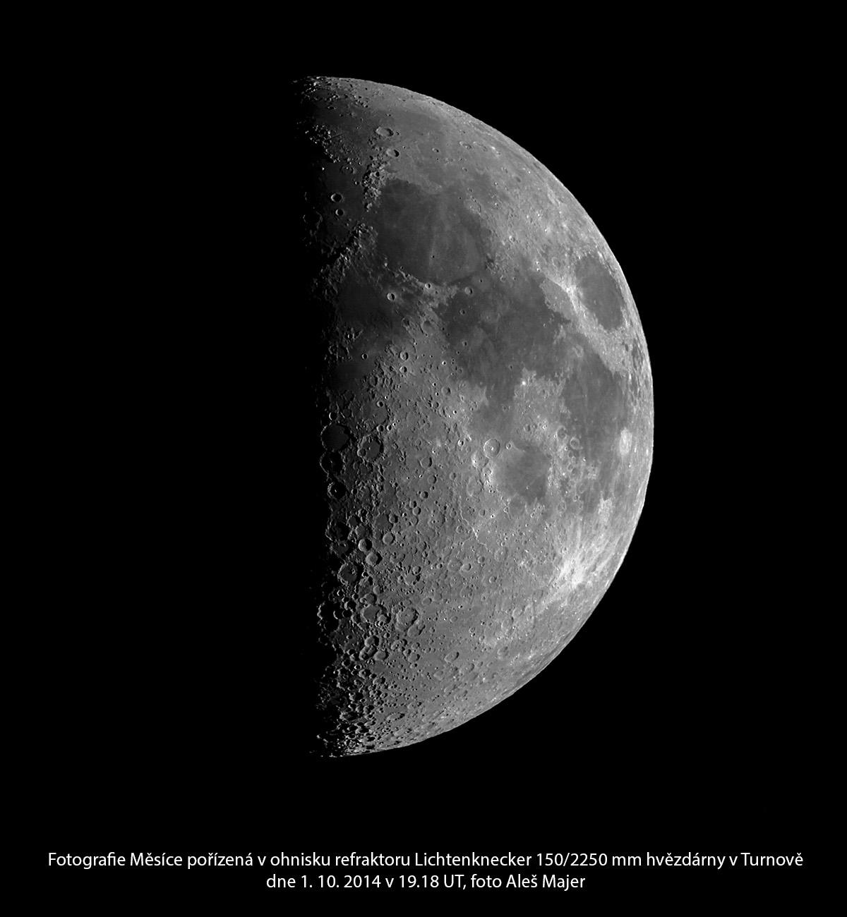 Měsíc 1. 10. 2014