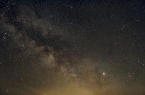 Mléčná dráha u Alšovic 3. 6. 2019 (20×2min, ISO800, f4/17mm, Canon 30Dmod)