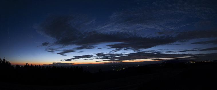 28.10.2013 Venuše, oblaka a Ještěd