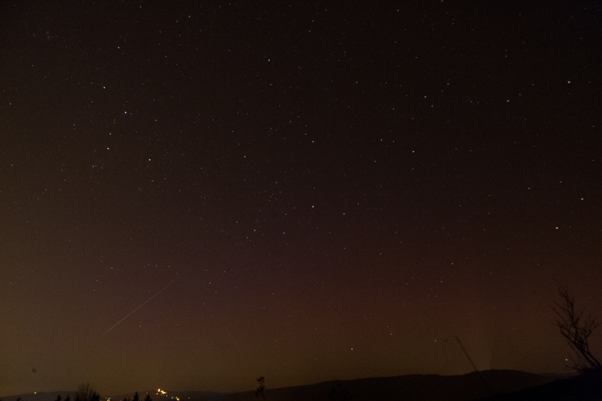 Polární záře 17.3. a meteor Gembecová