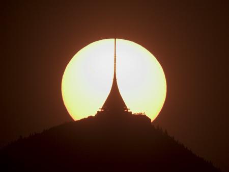 Slunce za Ještědem 22.4.2011