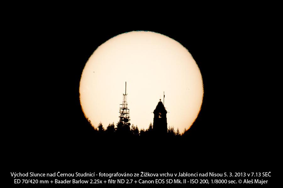 východ Slunce za Černou Studnicí na jaře (Aleš Majer)
